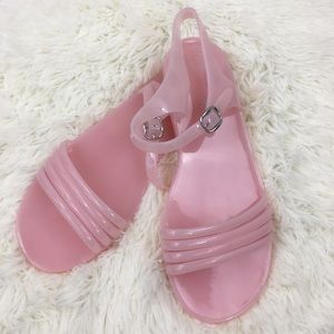 cd9df36ef6be Women s Jelly Sandals Old Navy on Poshmark